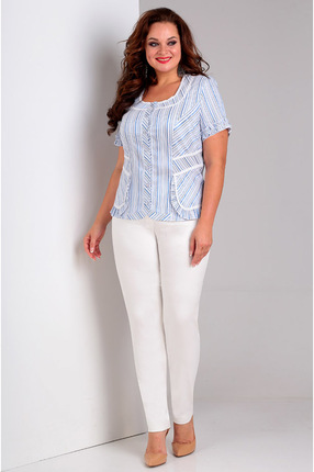 Голубая светлая прямая кружевная блузка