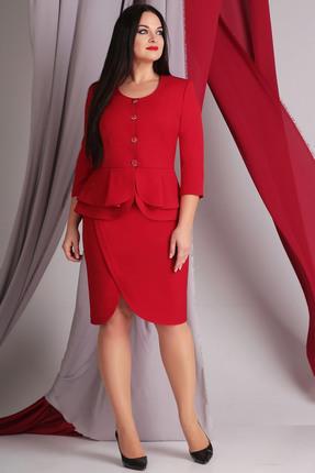 Купить Комплект юбочный Axxa 26079 красный, Юбочные, 26079, красный, Костюм женский 2-х предметный, выполнен в классическом стиле из костюмной ткани насыщенного красного цвета, состоящий из жакета и юбки. Жакет полуприлегающего силуэта с отрезной линией талии, с двойной баской, которая маскирует выпуклость живота и делает силуэт более гармоничным, горловина круглой формы. Спинка со средним швом. Рукава втачные. Юбка на обтачном поясе, заужена книзу, длиной ниже колена.По переду юбки выполнена фигурная